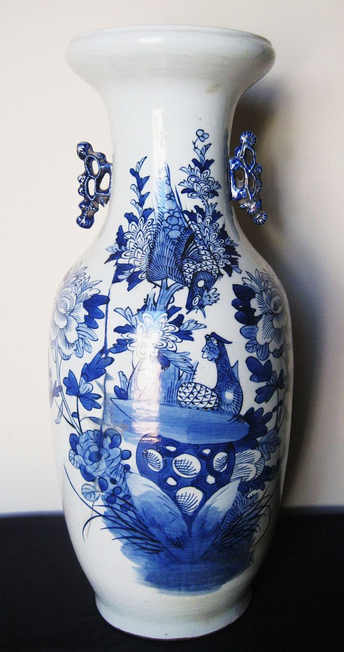 Early 19th c chinese tall porcelain blue white vase dynasty early 19th c chinese tall porcelain blue white vase dynasty collections antiques ruby lane reviewsmspy