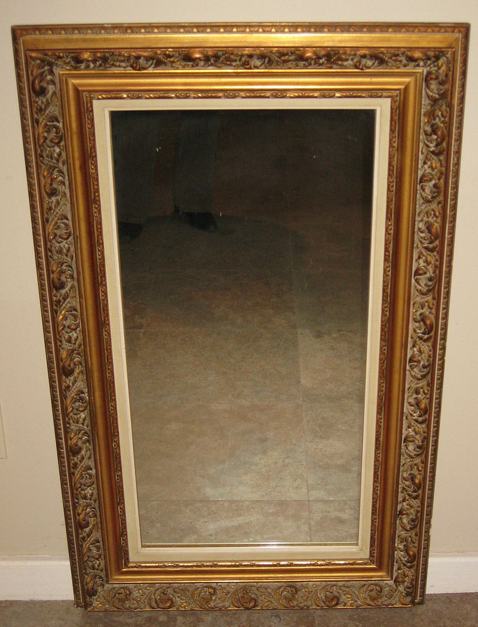 superb parcel gilt wood framed mirror