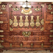 Magnificent 19th Century Korean Bandaji Chest