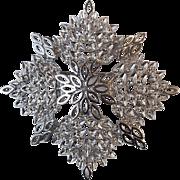 Vintage Monet Silver Tone Snowflake Starburst Pin Brooch