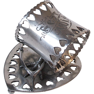 Wilcox Silverplate Best Wishes Napkin Ring Wishbone Chicken Foot Heart Cutouts 8204