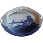 Rosenthal Bavaria Germany Blue and White Delft Round Covered Butter Dish with Lid Windmill Water Boats Donatello Shape