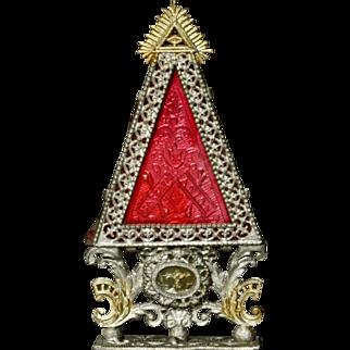 Miniature Reliquary - by Babette Schweizer
