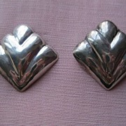 Vintage Taxco Mexico Hand Made Fan Shaped Sterling  Pierced Earrings