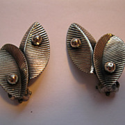 Vintage Sterling Silver Leaf Pattern Clip Earrings