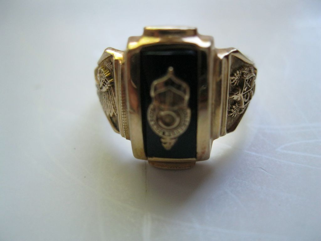 10k Gold 1964 Conemaugh Township High School Class Ring By