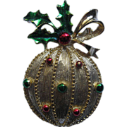 Vintage Signed Gerry's Christmas Ornament Pin Broach