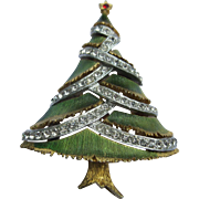 Book Piece Signed JJ Green Enameled Rhinestone Christmas Tree Pin Broach