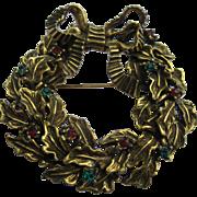Rare Vintage Signed De Nicola Gold Tone Jeweled Christmas Wreath Pin Broach