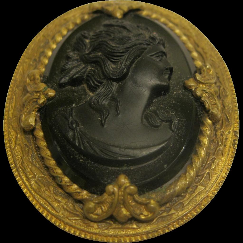 Vintage Cameo Pin 2