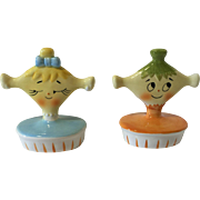 Grant Holt Howard Collectible Flirting Pixie Salt and Pepper Shakers