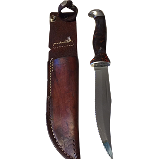 Vintage Cutco hunting knife and leather sheath