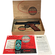 Vintage Crosman Model 600 semi-automatic in Box