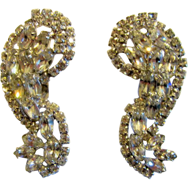 large clipon earrings large impressive and brilliant clear rhinestone clip on 6912