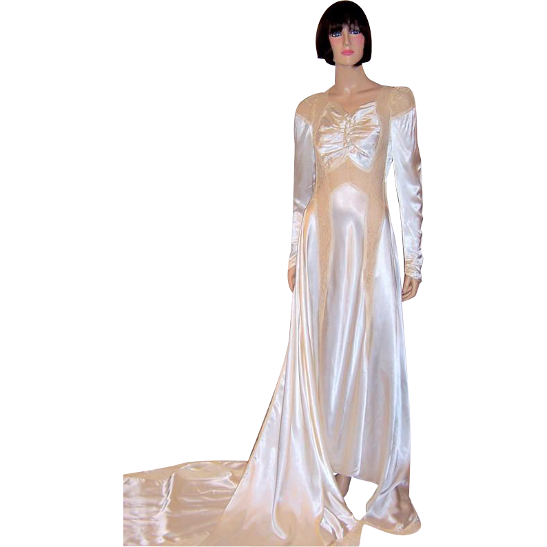 1940\'s Exquisitely Designed White Charmeuse Wedding Gown : Patricia ...