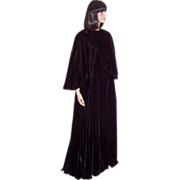 Victor Costa Black Velvet Floor Length Cloak with Attached Capelet