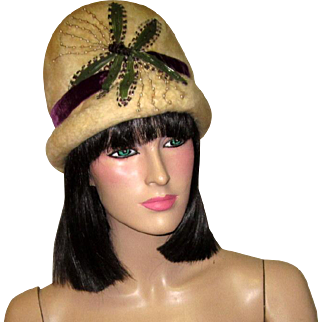 Superb Art Nouveau/Art Deco Wintry White Toque with Dragonfly