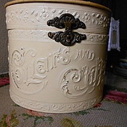 Victorian Celluloid Collar/Cuff Box