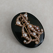 Large 14k Onyx Pearl Memorium Brooch