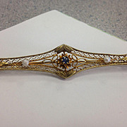 14kt Sapphire & Pearl Bar pin