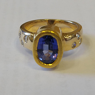 Substantial 14k/18k Iolite Diamond Ring