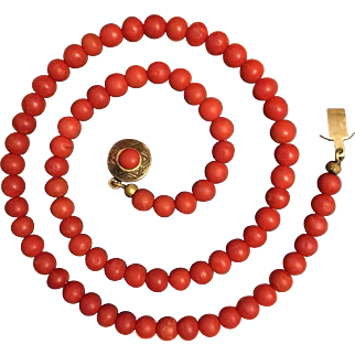 """Antique Victorian Natural Undyed Red Coral Necklace Weight 21 g Length 17.25"""" Beads 5 mm"""