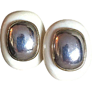 Kai Yin Lo Elegant Chic Modernist Earrings Omega Clips Vermeil Silver 25 mm