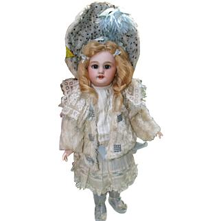 ~~SPECIAL~~All Original 15 inch DEP Jumeau in Fantastic Costume!! One Week Only!