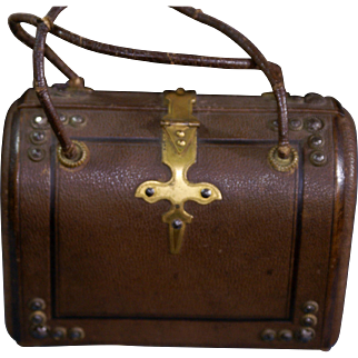 Rich Leather and Brass Necessaire with bone-ivory implements