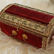 Rare Scarlet Velvet Candy Container