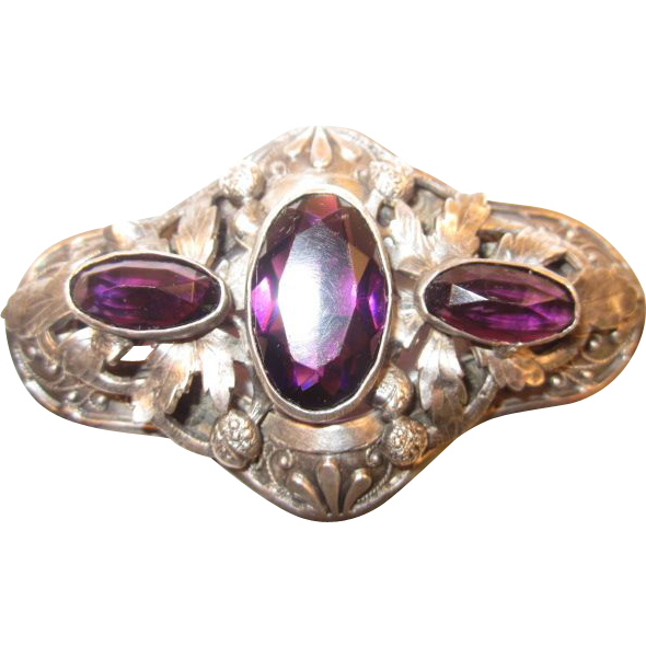 Victorian Brooch with Large Amethyst Stones