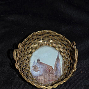 Old Doll Basket Woven Metal Glass Bottom Picture Miniature Fashion Doll Accessory