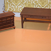 Vintage Doll Wood Miniature Farm Table & Chest Messer