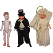 Antique Doll Miniature Dolls Dollhouse Bride Groom & Girl