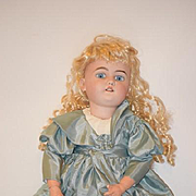 Antique Doll Bisque Simon & Halbig 1079 Beauty!