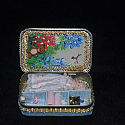 Doll Miniature Diorama W/ Baby Doll and Miniatures Accessories Trousseau