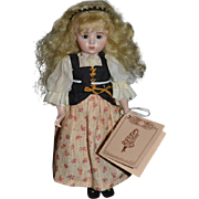 Doll Artist Doll W/ Tag Darlene Lane UFDC Sweet Doll