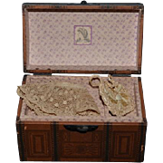 Wonderful Doll Artist Miniature Trunk W/ Accessories Purse undergarments