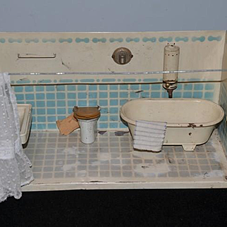 Antique Doll Miniature Bathroom Tin Dollhouse Tub Sink Toilet Diorama