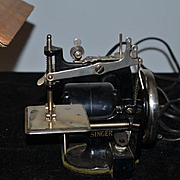 Old Child's Singer Sewing Machine Miniature Electric #20