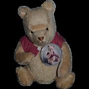 R. John Wright Classic Winnie The Pooh W/ Tag and Big Button Pinback Wonderful Teddy Bear