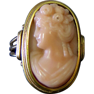 Vintage Late 19th Century 14 K Gold/Coral Cameo Ring