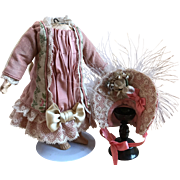 "Dress and bonnet for mignonette 8"" doll"