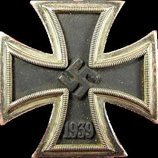 WWII German 1939 Ist Class Iron Cross Combat Medal L/13 Paul Meybauer Berlin