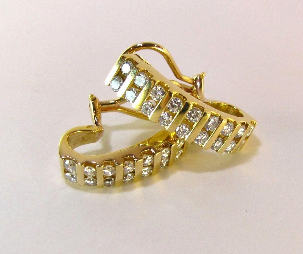 Sublime 2 5 Carat Vs Vvs Diamond Earrings On Hold For