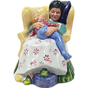 Royal Doulton Figurine Sweet Dreams HN 2380