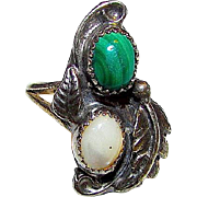 Native American Navajo Old Pawn Sterling Silver Malachite Mother of Pearl MOP Ring Size 5 Squash Blossom Design