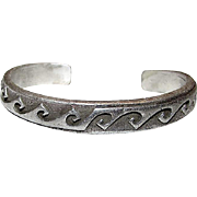 Vintage Native American Navajo Old Pawn Sterling Silver Hand Crafted Cuff Bracelet by Highly Collectible Ervin Hoskie 40gr