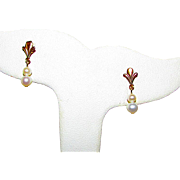 10K Yellow Gold Cultured Pearl Fleur De Lis Design Dangle Earrings