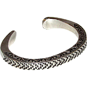 Native American Navajo Sterling Silver Cuff Bracelet with Heavy Hand Etched Tribal Design 57gr Artist Signed W Secatero